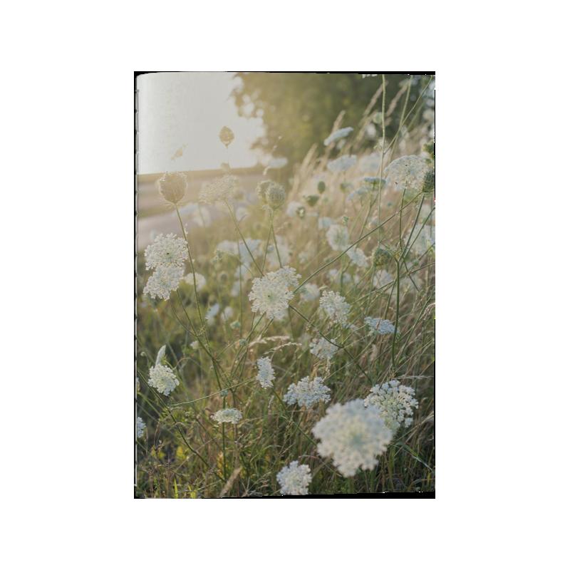 Anteckningsbok blomsteräng 12x17 cm