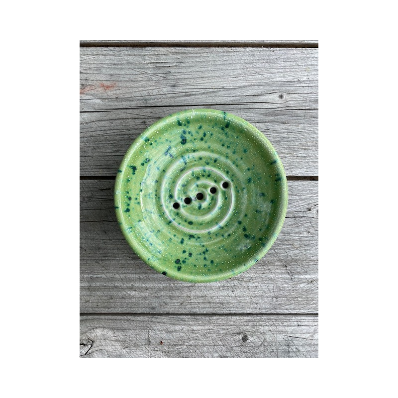 Tvålkopp keramik grönprickig